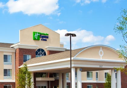Exterior | Holiday Inn Express Hotel & Suites, a Lake Zurich-Barrington