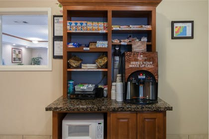 Coffee Service | Candlewood Suites LONGVIEW