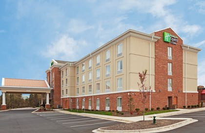 Exterior   Holiday Inn Express Hotel & Suites Greensboro Airport Area