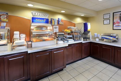 Breakfast Area   Holiday Inn Express Hotel & Suites Greensboro Airport Area