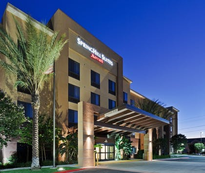 Hotel Front - Evening/Night | SpringHill Suites by Marriott Corona Riverside
