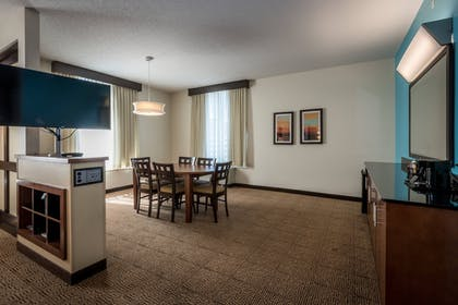 Guestroom | SpringHill Suites Birmingham Downtown at UAB