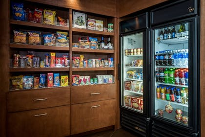 Snack Bar | SpringHill Suites Birmingham Downtown at UAB