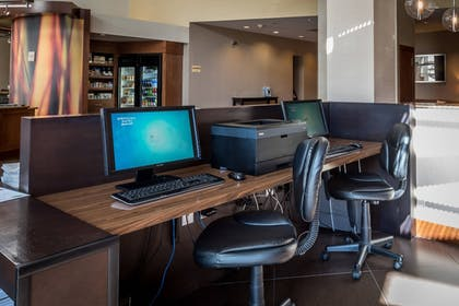 Business Center | SpringHill Suites Birmingham Downtown at UAB