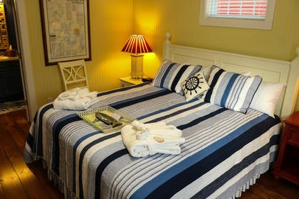 Guestroom | Stormy Point Village Resort