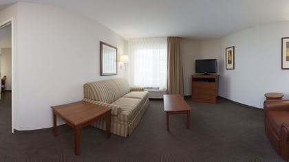 Living Area | Candlewood Suites Champaign-Urbana University Area