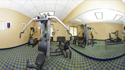 Fitness Facility   Comfort Suites Amish Country