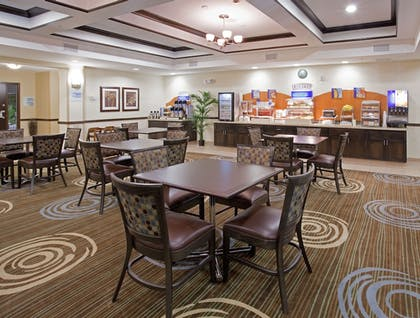 Breakfast Area | Holiday Inn Express Hotel & Suites Richfield