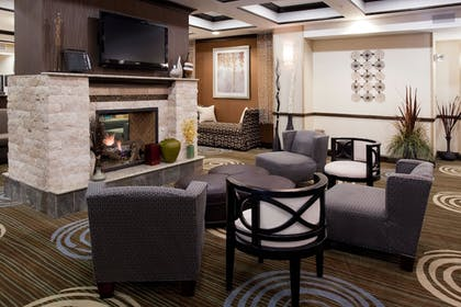 Lobby Sitting Area | Holiday Inn Express Hotel & Suites Richfield