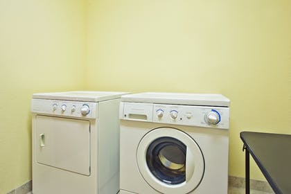 Laundry Room | Holiday Inn Express Hotel & Suites East Lansing