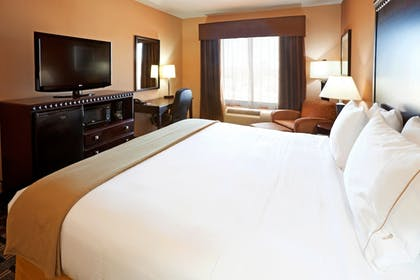 Guestroom | Holiday Inn Express Hotel & Suites Dallas Central Market Ctr