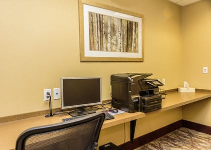 Miscellaneous | Holiday Inn Express Hotel & Suites Hamburg
