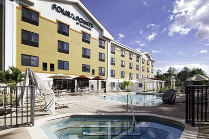 Pool | Four Points by Sheraton Fort Myers Airport