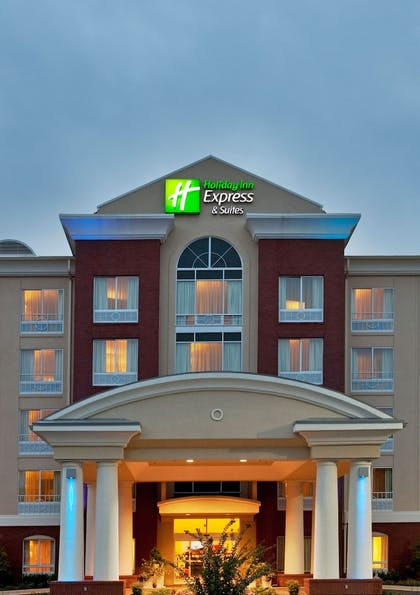 Featured Image   Holiday Inn Express Hotel & Suites Spartanburg-North