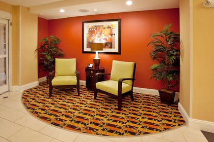 Lobby   Holiday Inn Express Hotel & Suites Spartanburg-North