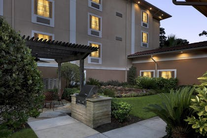 Hotel Front - Evening/Night | TownePlace Suites by Marriott Houston Intercontinental Arpt