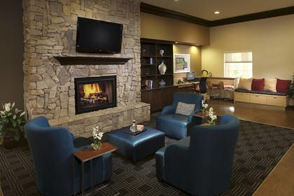Lobby | TownePlace Suites by Marriott Houston Intercontinental Arpt