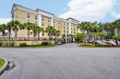 Exterior | Hampton Inn & Suites North Charleston-University Blvd