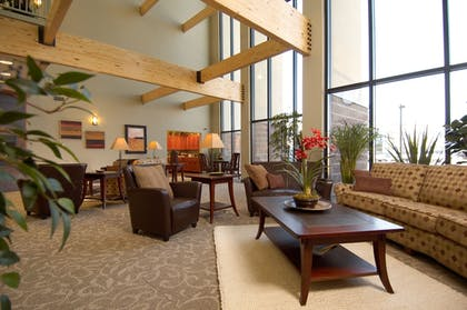 Lobby Sitting Area | South Walton Suites