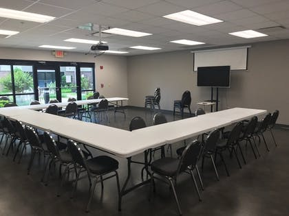 Meeting Facility | South Walton Suites