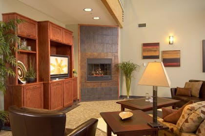 Lobby Lounge | South Walton Suites