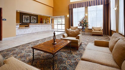 Lobby | Best Western Plus New Caney Inn & Suites