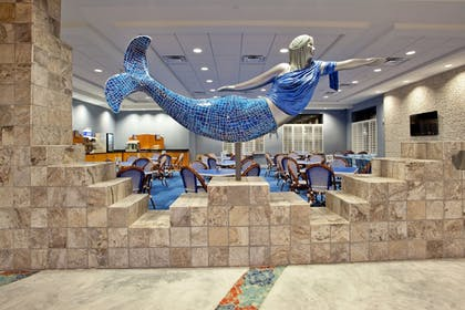 Lobby | Holiday Inn Express Hotel & Suites Norfolk Airport