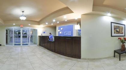Lobby | Holiday Inn Express Hotel & Suites Pecos