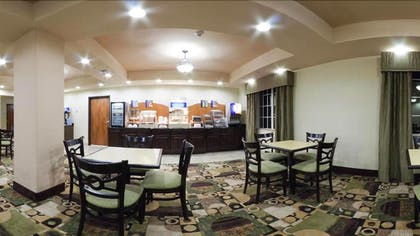 Breakfast Area | Holiday Inn Express Hotel & Suites Pecos