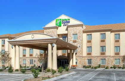 Exterior | Holiday Inn Express Hotel & Suites Pecos