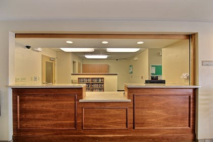 Reception | Candlewood Suites Milwaukee Airport