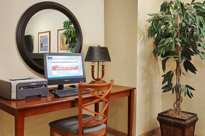 Business Center | Candlewood Suites Milwaukee Airport