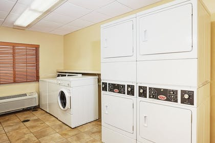 Laundry Room | Candlewood Suites Milwaukee Airport