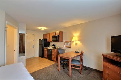 In-Room Kitchenette | Candlewood Suites Milwaukee Airport