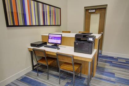 Business Center | Holiday Inn Express Hotel and Suites Mankato East