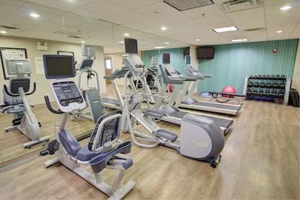 Fitness Facility | Holiday Inn Express Hotel and Suites Mankato East
