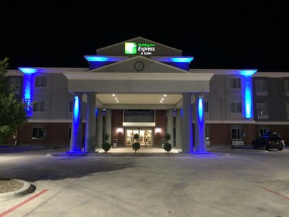 Featured Image | Holiday Inn Express Hotel and Suites Fort Stockton