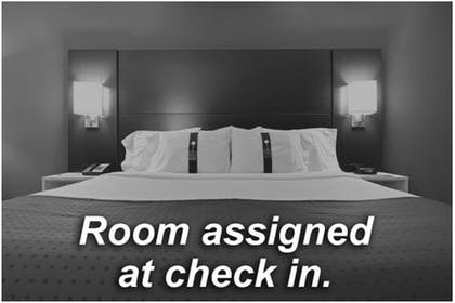 Room | Holiday Inn Express Hotel and Suites Fort Stockton