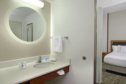 Guestroom | SpringHill Suites by Marriott Madera