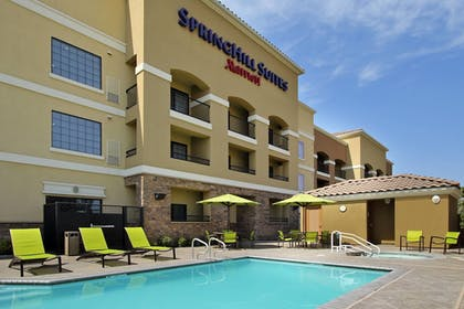 Pool | SpringHill Suites by Marriott Madera