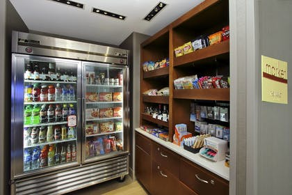 Snack Bar | SpringHill Suites by Marriott Madera
