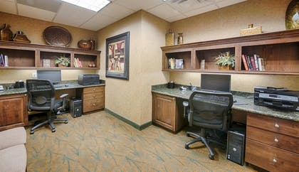 Business Center | Hampton Inn & Suites Pinedale