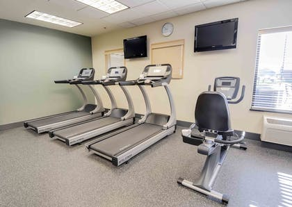 Fitness Facility | Hampton Inn & Suites Pinedale