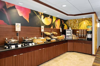 Breakfast buffet | Fairfield Inn & Suites by Marriott St. Augustine I-95