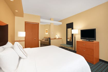 Guestroom | Fairfield Inn & Suites by Marriott St. Augustine I-95