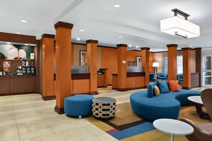 Lobby Sitting Area | Fairfield Inn & Suites by Marriott St. Augustine I-95