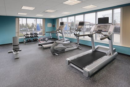 Sports Facility | Fairfield Inn & Suites by Marriott Dallas Plano/The Colony
