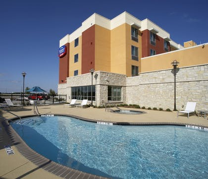 Outdoor Pool | Fairfield Inn & Suites by Marriott Dallas Plano/The Colony