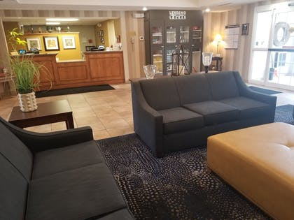 Lobby | Candlewood Suites Buffalo - Amherst