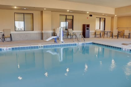 Featured Image | Holiday Inn Express Hotel & Suites Texarkana East